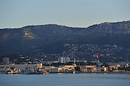 20/06/15 - TOULON - VAR - FRANCE - La Rade de Toulon et son port militaire - Photo Jerome CHABANNE