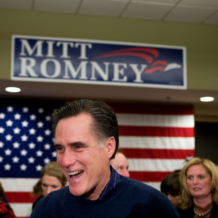 Former Massachusetts governor Mitt Romney campaigns in Manchester, N.H., on Friday, Jan. 4, 2008.