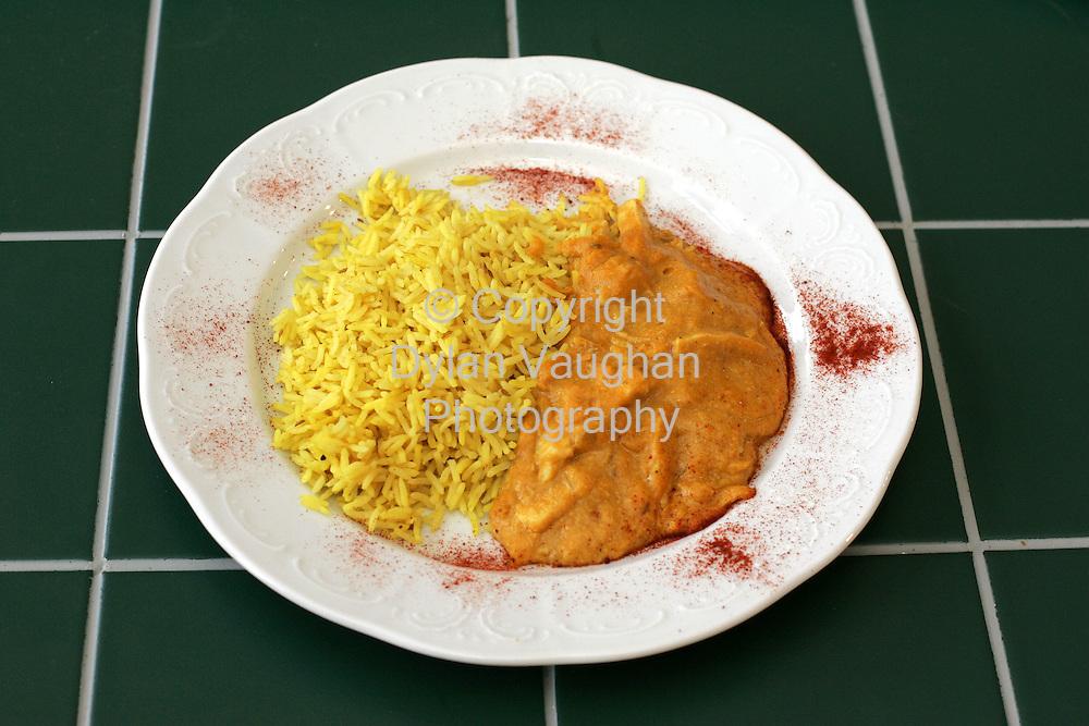 25/10/2004.Eugene McSweeney Food Shots for Weekender.Week 78.Main Chicken Korma..Picture Dylan Vaughan