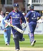 .13/07/2002.Sport - Cricket -NatWest Series Final- Lords.England vs India.Marcus Trescothick left and Nasser Hussian running between the wickets..