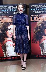 AUG 12 2013 Amanda Seyfried at Lovelace screening