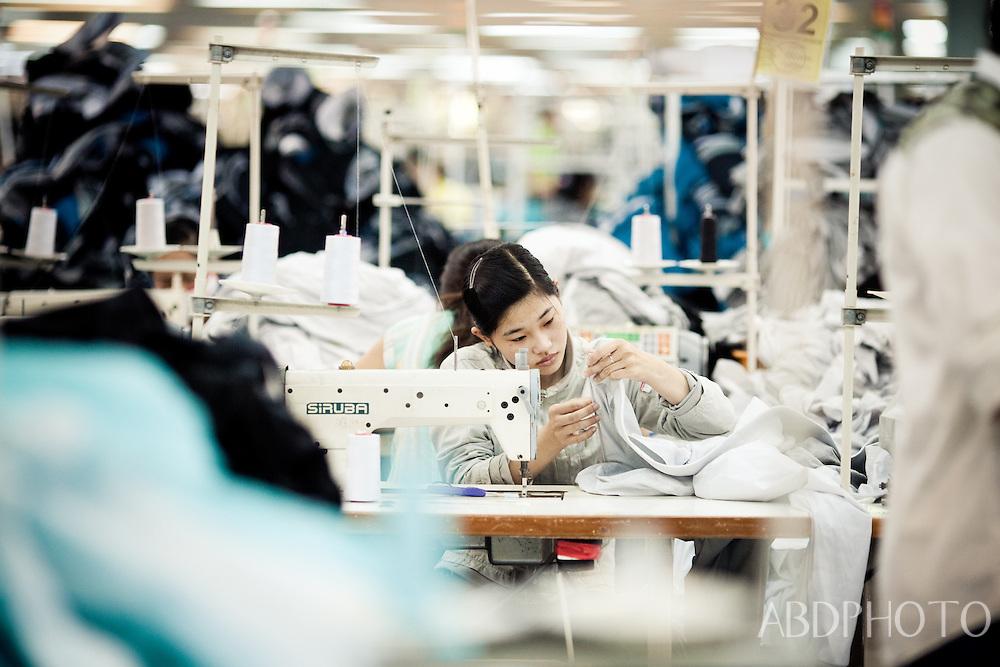 clothes factory girls cam rang vietnam
