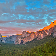 Yosemite Valley Overlook - Sunset Golden Light Rim - HDR