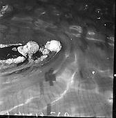 1961 - Life Saving Gala At Iveagh Baths.      B976.