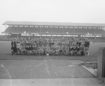 Group of Mountmellick students visit Croke Park..29.10.1975  29th October 1975