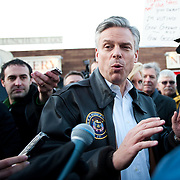 Jan. 9th, 2012 - Nashua Newhampshire - Jon Huntsman, presidential hopeful visits a local bakery in Nashua, New Hampshire.
