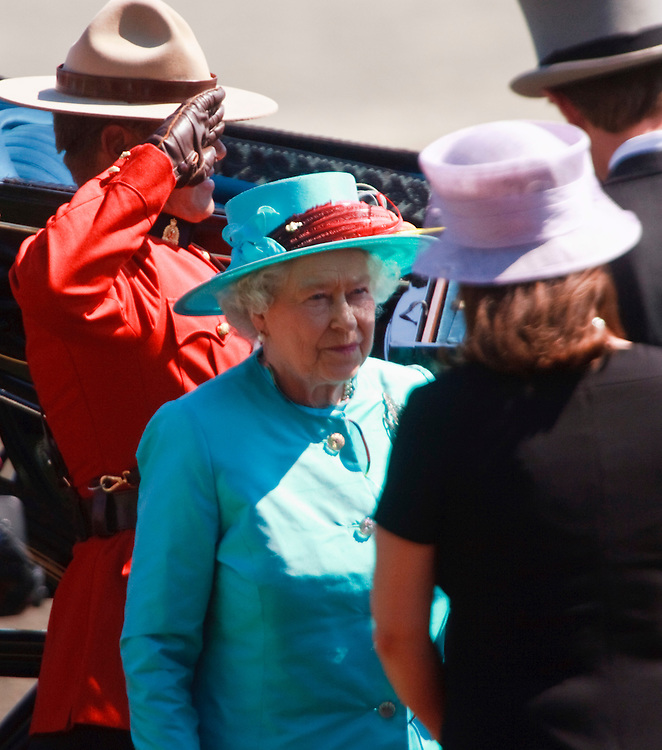 Queen Elizabeth II is greeted by dignitaries as she arrives at Woodbine racetrack in Toronto, Canada for the 151st running of the Queen's Plate, July 4, 2010. <br /> AFP/GEOFF ROBINS/STR