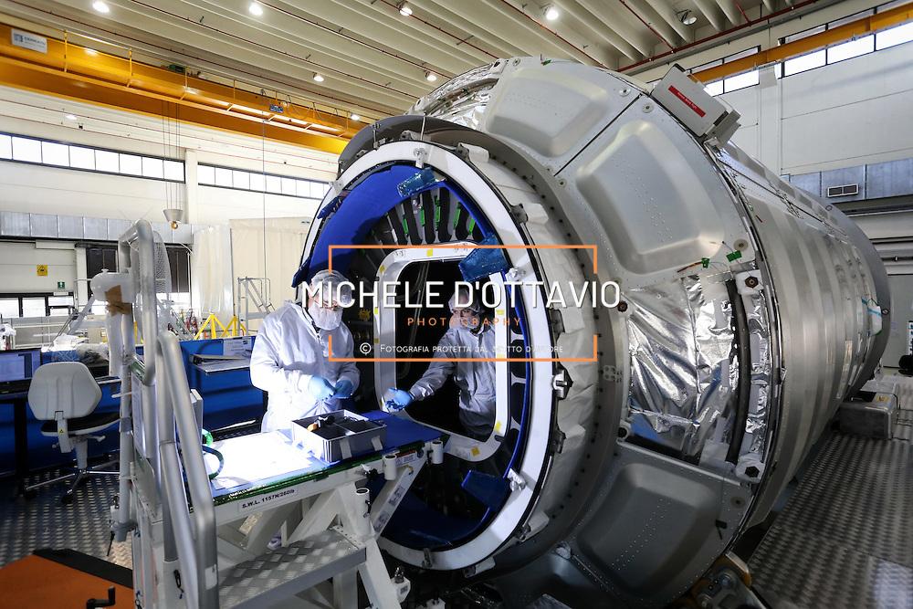 Torino 3 marzo 2016: stabilimenti torinesi di Thales Alenia Space.