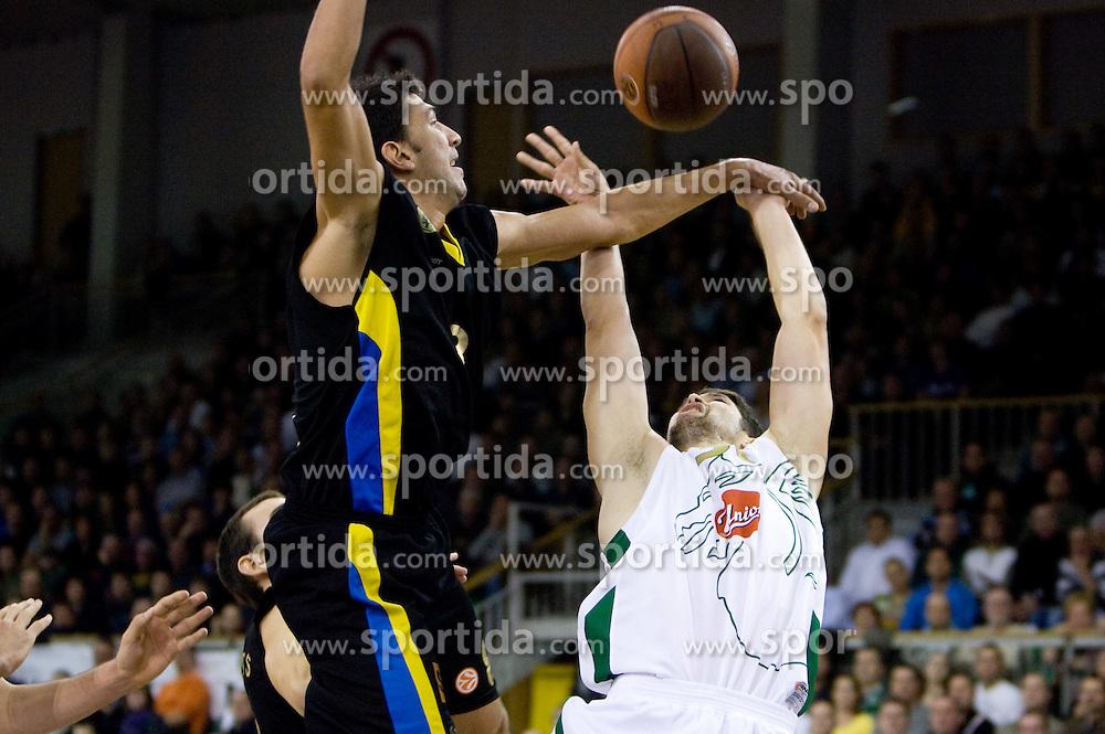Marios Batis vs Saso Ozbolt (31) of Olimpija at Euroleague basketball match between KK Union Olimpija, Ljubljana and Maroussi B.C., Athens, on October 29, 2009, in Arena Tivoli, Ljubljana, Slovenia.  (Photo by Vid Ponikvar / Sportida)