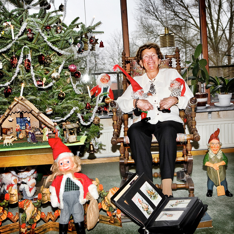 The Collector..Name: Emmi Bergkvist.Collect: Christmas decorations.Age: 77 years.Lives: Detached house in Åkarp..Collect since: Entire life..For that reson I collect:.My mum collected on stamps as I got afterwards. On that way it is..