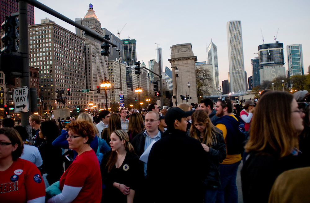 Obama Election Night begins in Grant Park, Chicago...Chris Maluszynski /Moment / Agence VU