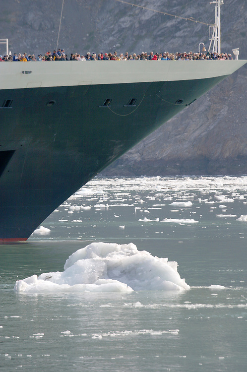 Hundreds of passengers crowd to the bow of the cruise ship Statendam for a glimpse of the Johns Hopkins Glacier.