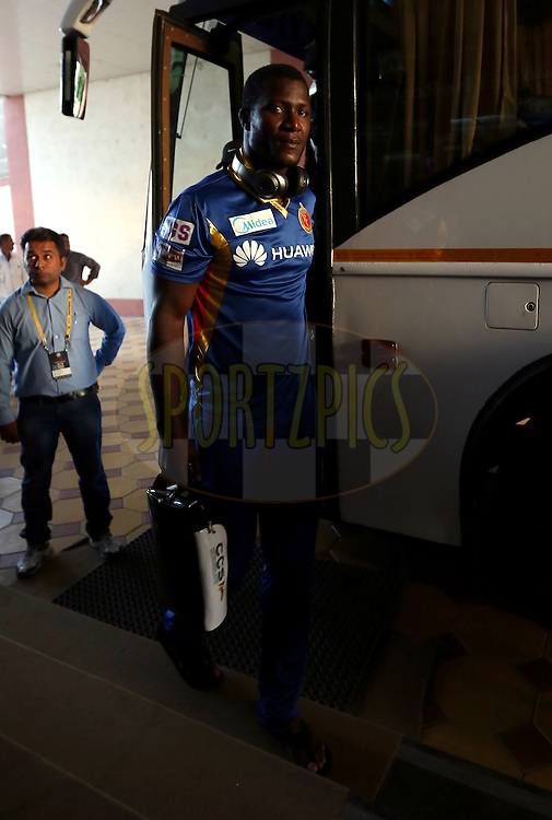 Royal Challengers Bangalore player Daren Sammy arrives for the match 22 of the Pepsi IPL 2015 (Indian Premier League) between The Rajasthan Royals and The Royal Challengers Bangalore held at the Sardar Patel Stadium in Ahmedabad , India on the 24th April 2015.<br /> <br /> Photo by:  Sandeep Shetty / SPORTZPICS / IPL