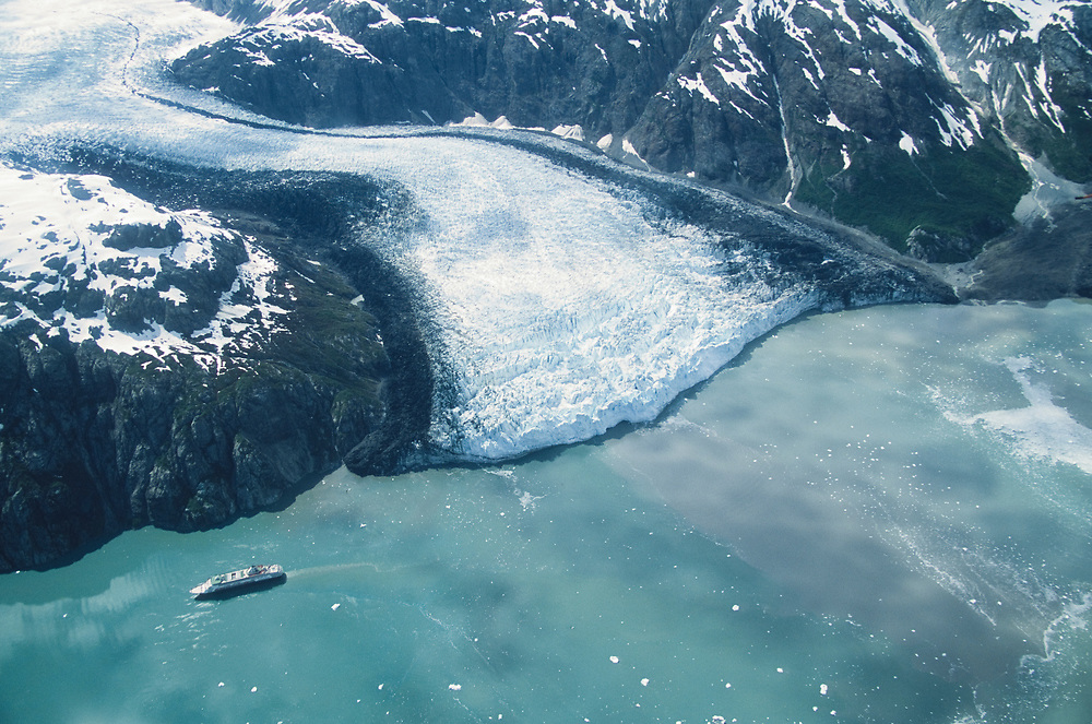 Glacier Bay National Park. Tarr inlet. Cruise ship leaving Margerie Glacier. Alaska.