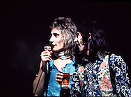 Rod Stewart 1972 & Ian Mclagan in The Faces