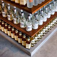 La Liquorama, Mar Studio Design