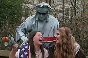 Kiernan Stern and Jessica Focht have fun while visiting New York City together. The two are from Memphis, Tennessee.