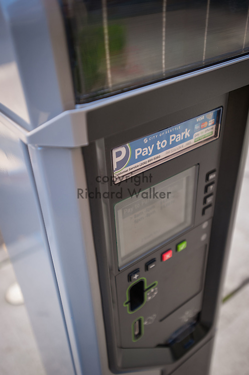 2016 October 11 - City of Seattle parking meter and ticket vending machine, First Hill, Seattle, WA, USA. By Richard Walker