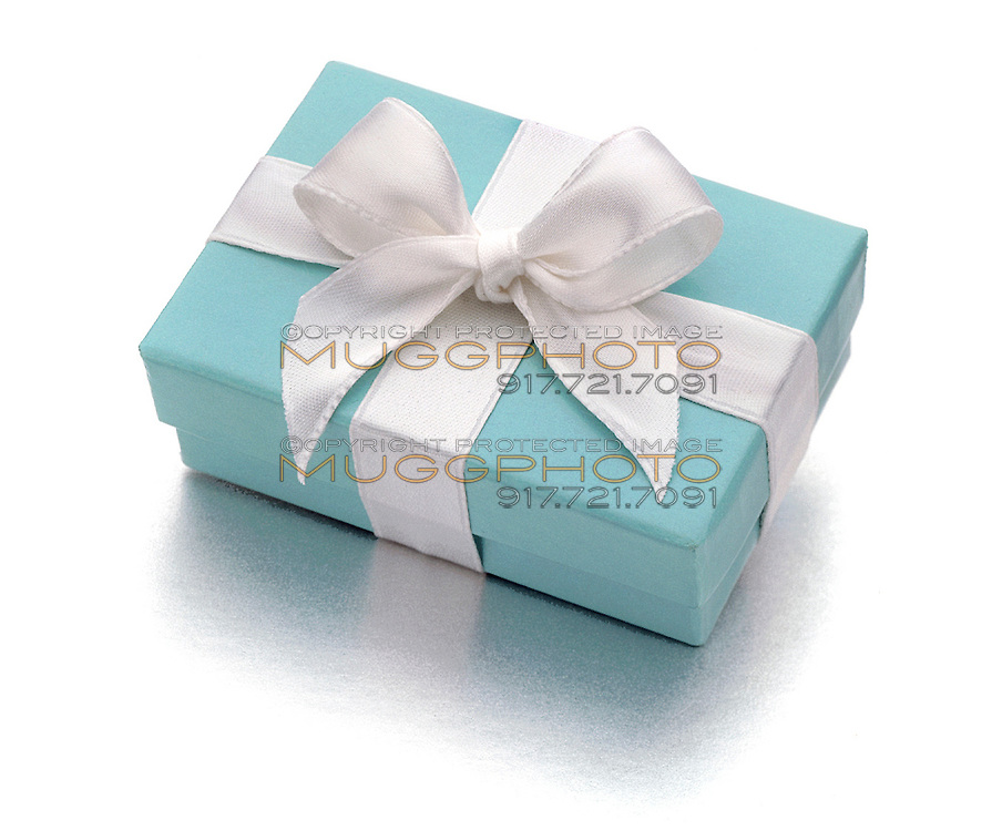 Tiffany robin's egg blue gift box
