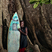 9.8.11 Surfing in Robertsport, Liberia - Shipwrecks and Cottontrees