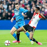ROTTERDAM - Feyenoord - AZ , Voetbal , Eredivisie, Seizoen 2015/2016 , Stadion de Kuip , 25-10-2015 , AZ speler Vincent Janssen (l) in duel met Speler van Feyenoord Terence Kongolo (r)