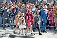 27-4-2015 DORDRECHT - King's Day with Queen Maxima King Willem Alexander and Princess Amalia, Princess Alexia and Ariane. Princess Constantijn and Princess Laurentien, Princess Marilene and Prince Maurice, Prince Floris and Princess Aimee, Jaime Prince and Princess Viktoria. COPYRIGHT ROBIN UTRECHT<br /> 27-4-2015 DORDRECHT - Koningsdag met Koningin Maxima Koning Willem Alexander  en prinses Amalia , prinses Ariane en Alexia . Prinses Constantijn en Prinses Laurentien , Prinses Marilene en prins Maurits , prins Floris en prinses Aimee , Prins Jaime en prinses Viktoria . COPYRIGHT ROBIN UTRECHT
