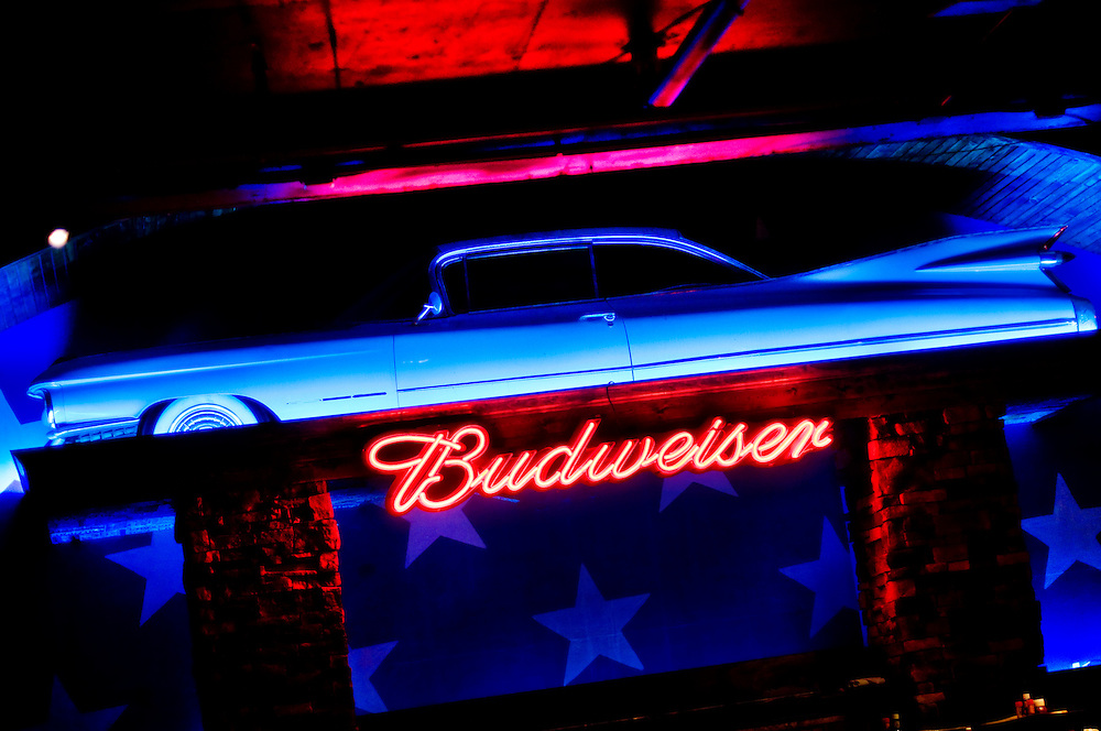 Cadillac Lounge (?), in Cincinnati, Ohio..Photographer: Chris Maluszynski /MOMENT
