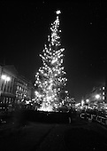 1967 - 14/12 Christmas Lights, O'Connell St.