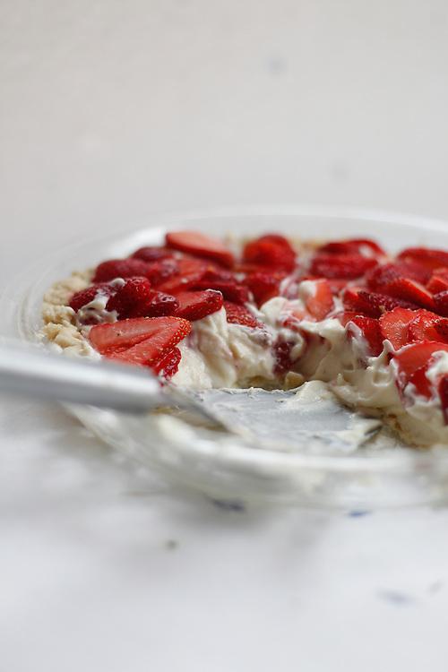 Earlybird Strawberry Cream Pie