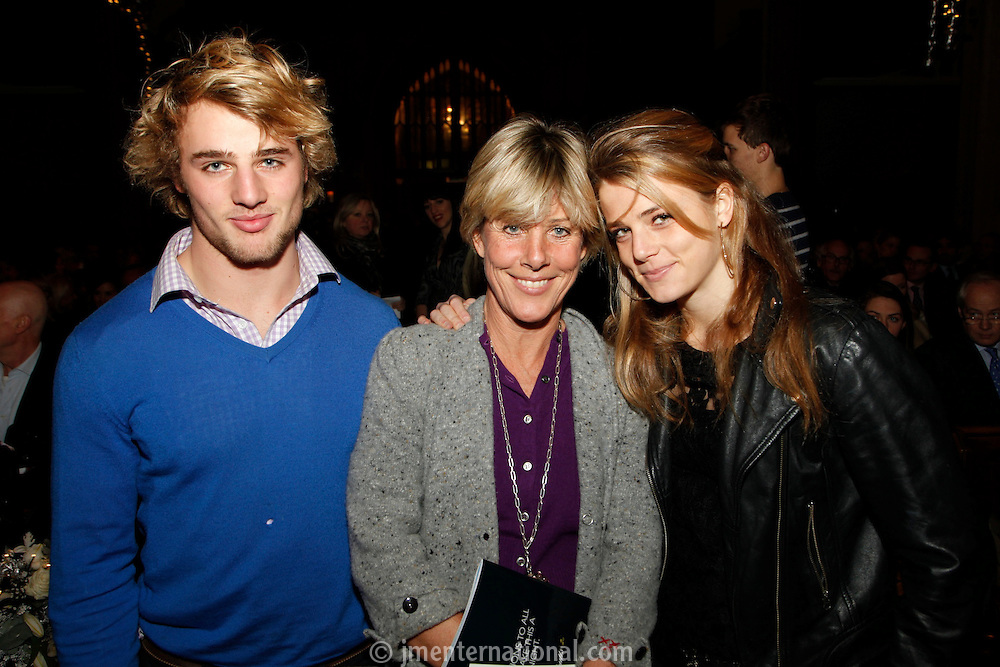 Leo, Lucy and Pandora Morris, Nordoff Robbins Carol Service  2011 sponsored by Coutts. London..Wednesday, 14. Dec 2011