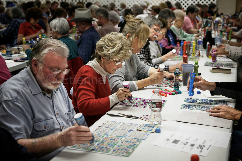 As Quartzsite offers no shopping mall, no movies or bowling alleys and limited outdoor activities, the Bingo Night is a full house event.  Some Snowbirds prefer to settle southward to Yuma, a larger town bordering Mexico with more distractions.<br /> 24 January 2008.