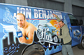 11/19/2010 - Jon Benjamin Has a Van