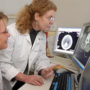 17,Radiologist, 0718, Hospital, xray