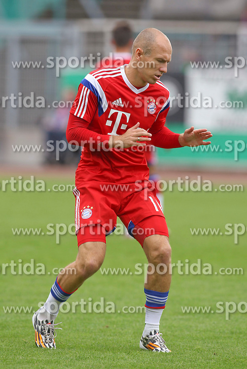 17.08.2014, Preussenstadion, Muenster, GER, DFB Pokal, SC Preussen Muenster vs FC Bayern Muenchen, 1. Runde, im Bild Arjen Robben (FC Bayern Muenchen #10) // during the 1st round match of German DFB Pokal between SC Preussen Muenster vs FC Bayern Munich at the Preussenstadion in Muenster, Germany on 2014/08/17. EXPA Pictures &copy; 2014, PhotoCredit: EXPA/ Eibner-Pressefoto/ Schueler<br /> <br /> *****ATTENTION - OUT of GER*****