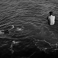 (090715  Boston, MA) People jump into the water from Kelly's Landing in South Boston, Monday,  September 07, 2015. <br /> &copy; Angela Rowlings 2015