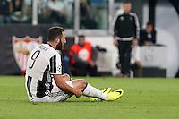 14.09.2016 - Champions League - Juventus-Siviglia - nella foto : Gonzalo Higuain deluso a terra - Juventus