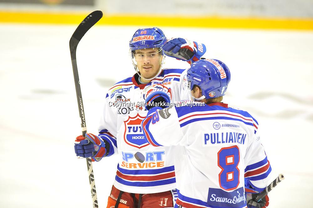 Mestis-ottelu Kiekko-Vantaa - TUTO pelattiin Tikkurilassa 10.10.2014