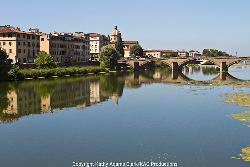 The Arno River, in Florence, Italy, Fiume Arno, Firenze