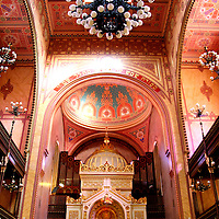 The Great Synagogue (Dohány Street Synagogue), built in 1854 in the Moorish Revival style, by Viennese architect Christian Friedrich Ludwig Förster, Budapest, Hungary