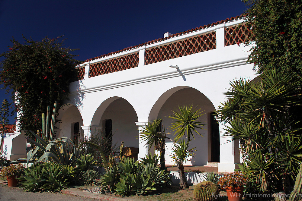 USA, California, Oceanside. Arched walkway of Old Mission San Luis Rey de Francia.