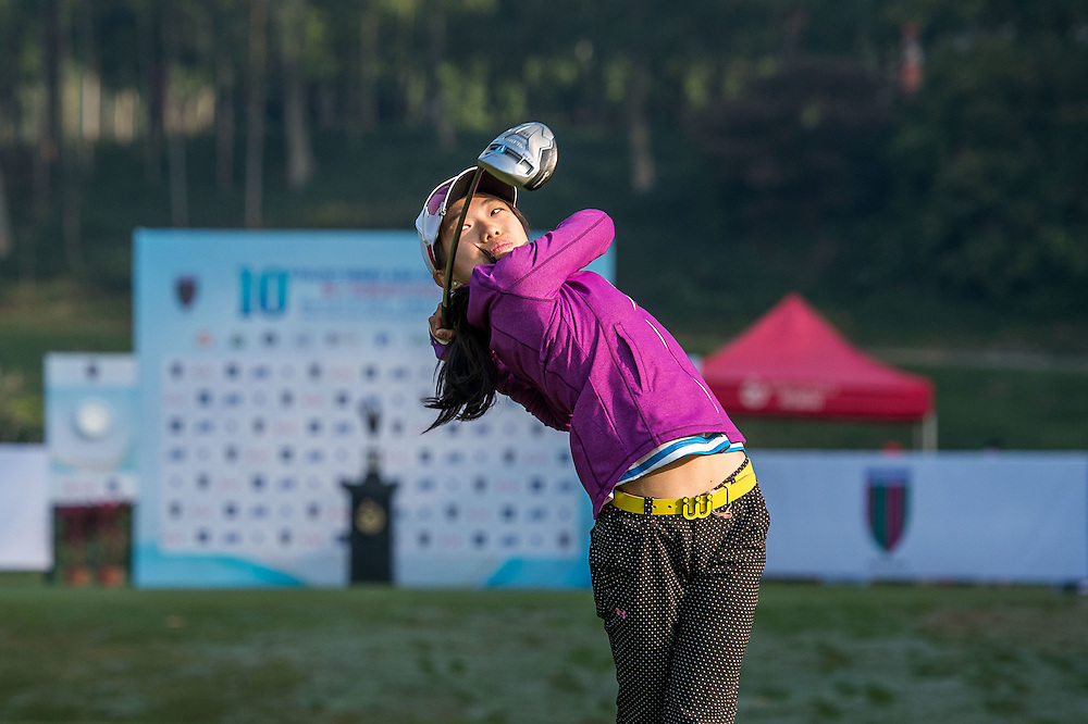 Selina Li Yuen Yuet of Malaysia in action during day one of the 10th Faldo Series Asia Grand Final at Faldo course in Shenzhen, China. Photo by Xaume Olleros.