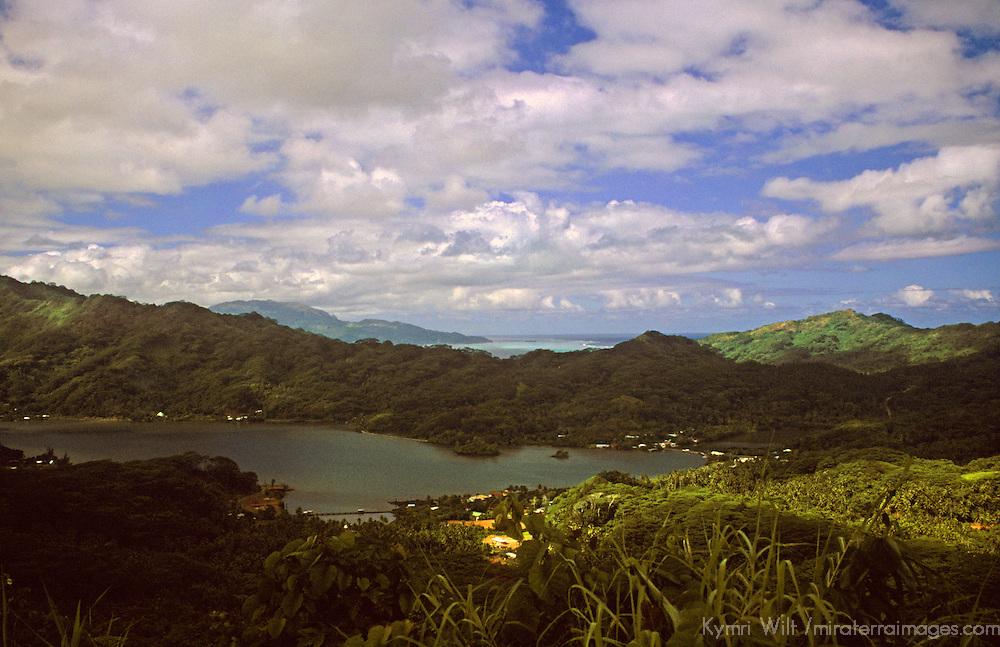 French Polynesia, Tahiti, Taha'a. Scenic island of Taha'a.