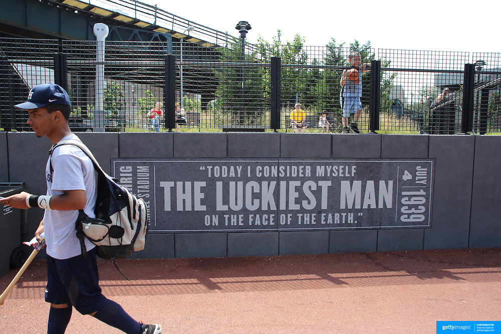 The Lou Gehrig quote on a wall near Yankee Stadium before the New York Yankees V New York Mets Subway Series Baseball game at Yankee Stadium, The Bronx, New York. 10th June 2012. Photo Tim Clayton