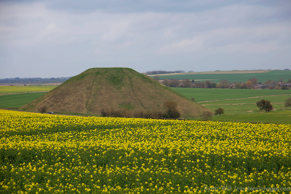 Europe, Great Britain, England, Avebury. Silbury Hill, a prehistoric chalk mound near Avebury, part of UNESCO World Heritqage Sites.
