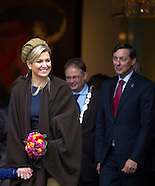 Koningin Maxima opent expositie Kunstkameraden
