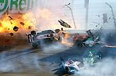 Dan Wheldon dies in Indy crash