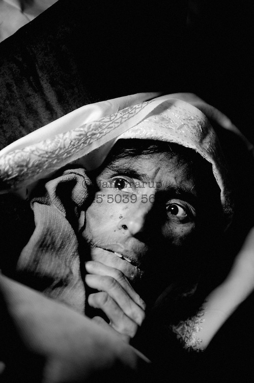 40-year-old Naqsha Bibi was found alive in the ruins 63 days after the earthquake. She had gone into shock when the tremors destroyed her family&rsquo;s house, and was not found until the family returned home. By that time she weighed 35 kilos and could not speak.<br /> Muzzafrabad Dec. 2005