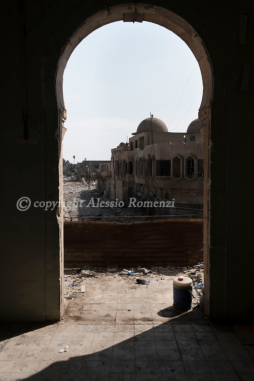 Iraq, Mosul: view of an heavily destroyed area in west Mosul. Alessio Romenzi