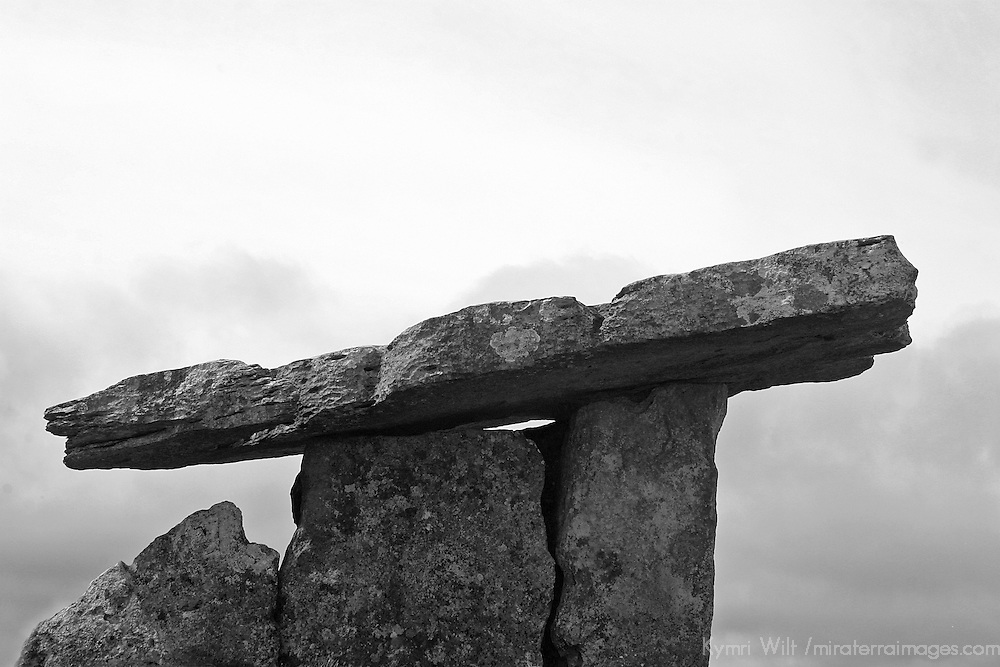 Europe, Ireland, Kilcorney. Poulnabrone Dolmen, a National Monument of Ireland.