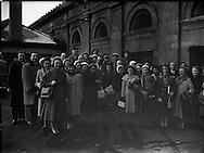 Derry's Children's Choir at King's Bridge, train station Dublin, now known as Dublin Heuston.- leaving for USA .24/02/1958 .<br /> Irish Historical Pictures of  Kingsbridge railway station, Dublin, Ireland. <br /> Images of Old Ireland of Kingsbridge railway station, Dublin, Ireland.<br /> Old  Photographs of Kingsbridge railway station, Dublin, Ireland.<br /> Irish Vintage Images of Kingsbridge railway station, Dublin, Ireland.<br /> Photographs of Kingsbridge railway station, Dublin, Ireland.<br /> Ireland photos of Kingsbridge railway station, Dublin, Ireland.<br /> Images of Kingsbridge railway station, Dublin, Ireland.<br /> Old Pictures of Kingsbridge railway station, Dublin, Ireland.<br /> Ireland pictures of Kingsbridge railway station, Dublin, Ireland. Ireland.<br />  pictures of Kingsbridge railway station, Dublin, Ireland.<br /> Irish photos of  Kingsbridge railway station, Dublin, Ireland.<br /> Irish photo of Kingsbridge railway station, Dublin, Ireland.<br /> Irish picture of Kingsbridge railway station, Dublin, Ireland.<br /> Irish photos of Kingsbridge railway station, Dublin, Ireland.<br /> Irish images of  Kingsbridge railway station, Dublin, Ireland.<br />  Famous  Views of Kingsbridge railway station, Dublin, Ireland.<br /> Irish photographs of Kingsbridge railway station, Dublin, Ireland.<br /> Irish google images  of Kingsbridge railway station, Dublin, Ireland.<br />  Old pictures  of  Kingsbridge railway station, Dublin, Ireland.<br /> Old picture of  Kingsbridge railway station, Dublin, Ireland.<br /> Old photos of Kingsbridge railway station, Dublin, Ireland.<br /> Old photo of  Kingsbridge railway station, Dublin, Ireland.<br /> Irish old photo of Kingsbridge railway station, Dublin, Ireland.<br /> Irish old picture ofKingsbridge railway station, Dublin, Ireland.<br /> Irish black and white photos of  Kingsbridge railway station, Dublin, Ireland.<br /> black and white photos of Kingsbridge railway station, Dublin, Ireland.<br /> Irish  his